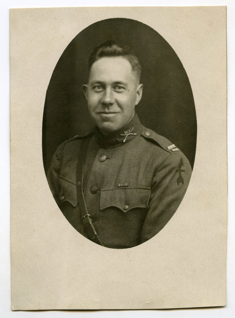 WWI 26th Division / 32nd Division Mystery Photo -103rd Infantry Regiment Officer