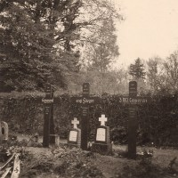 WWII German Snapshot Photo - RAF Gravestones in Germany 1939 - 1st Australian Soldier Killed in Action