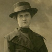 WWI Nurse Photo Identified - Massachusetts Female Veteran in France, 1918 Base Hospital #6