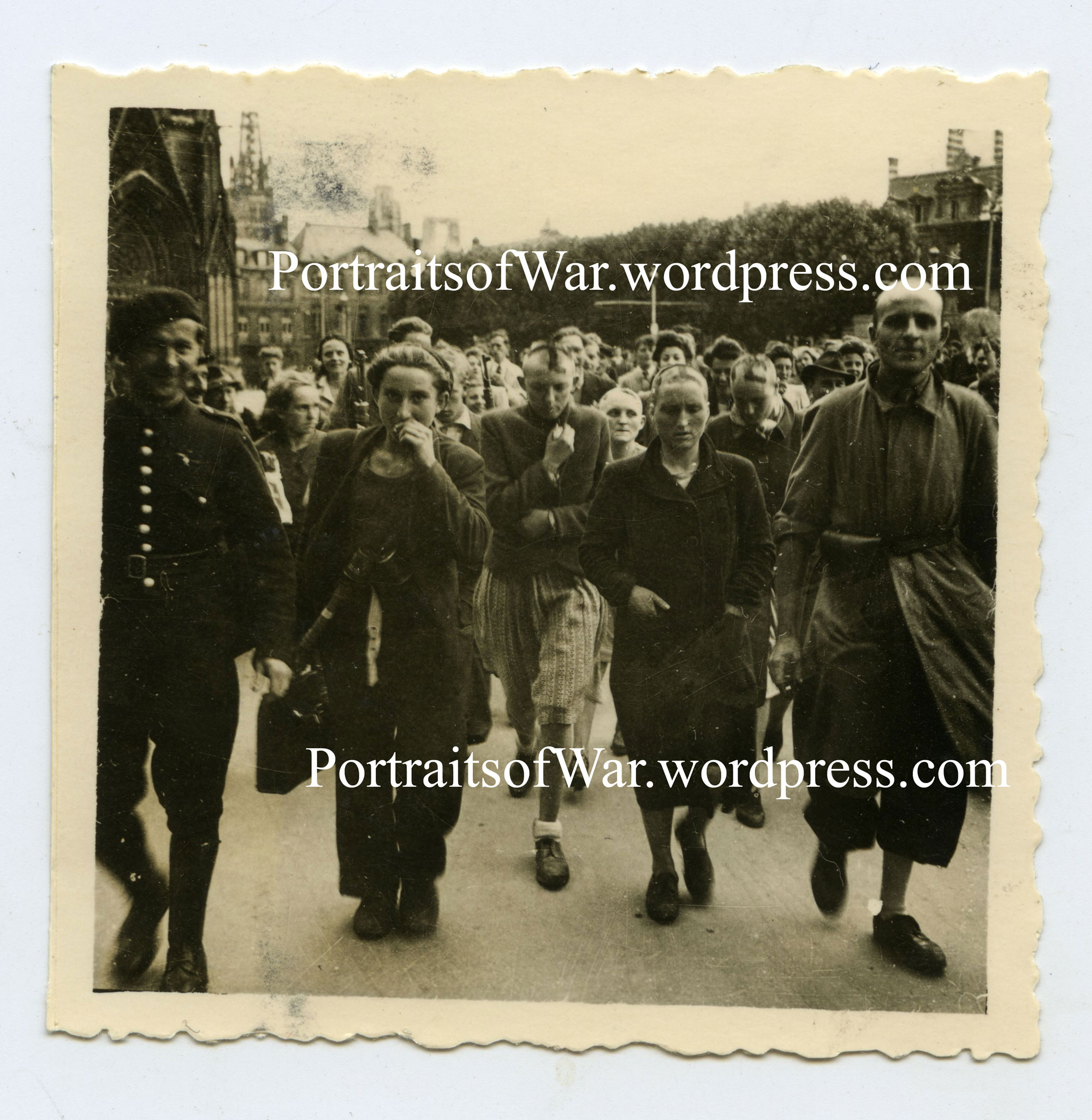 moving wwii candid snapshot the ffi free french and captured